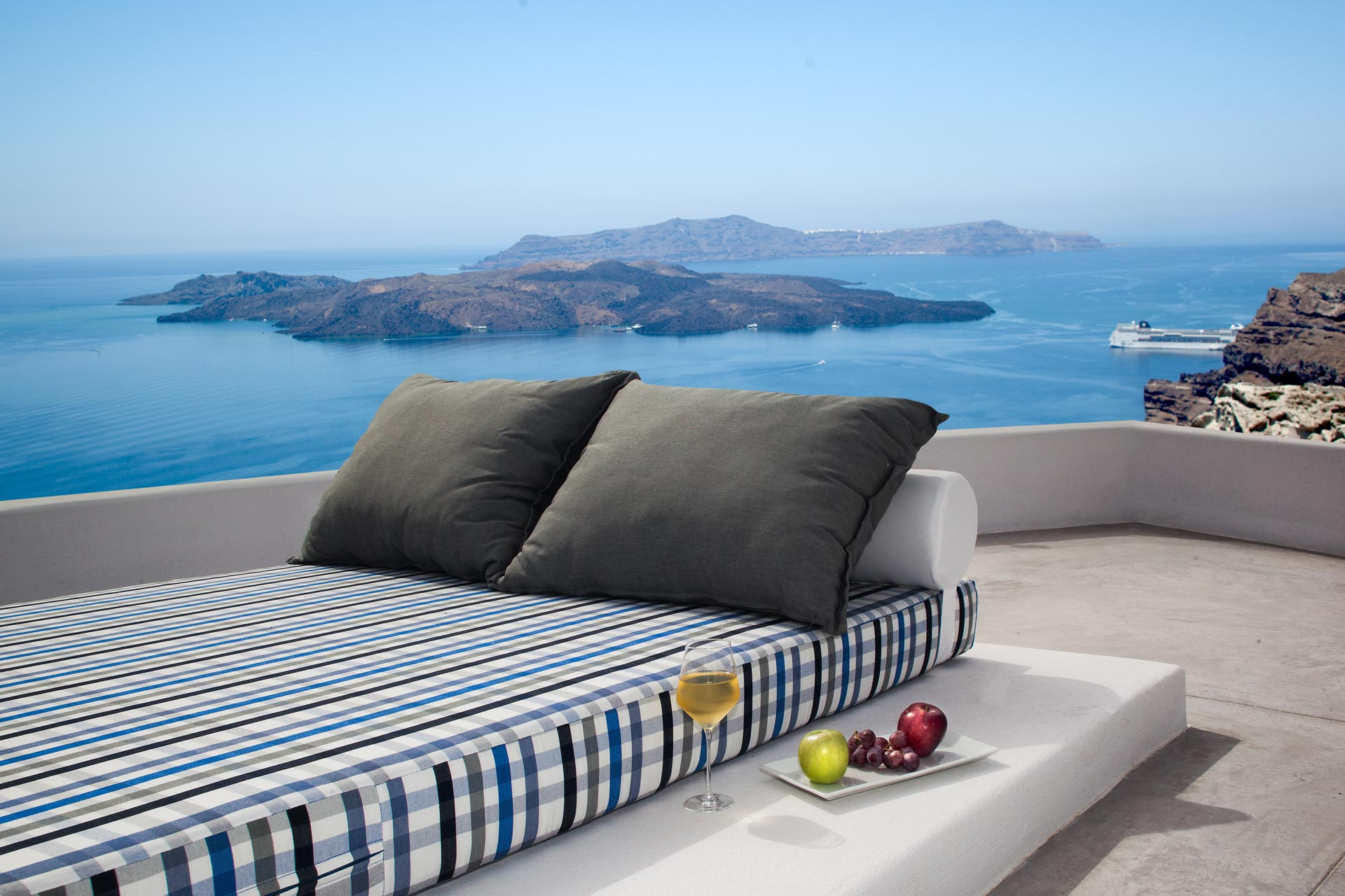Amity Suites Adults Only Santorini